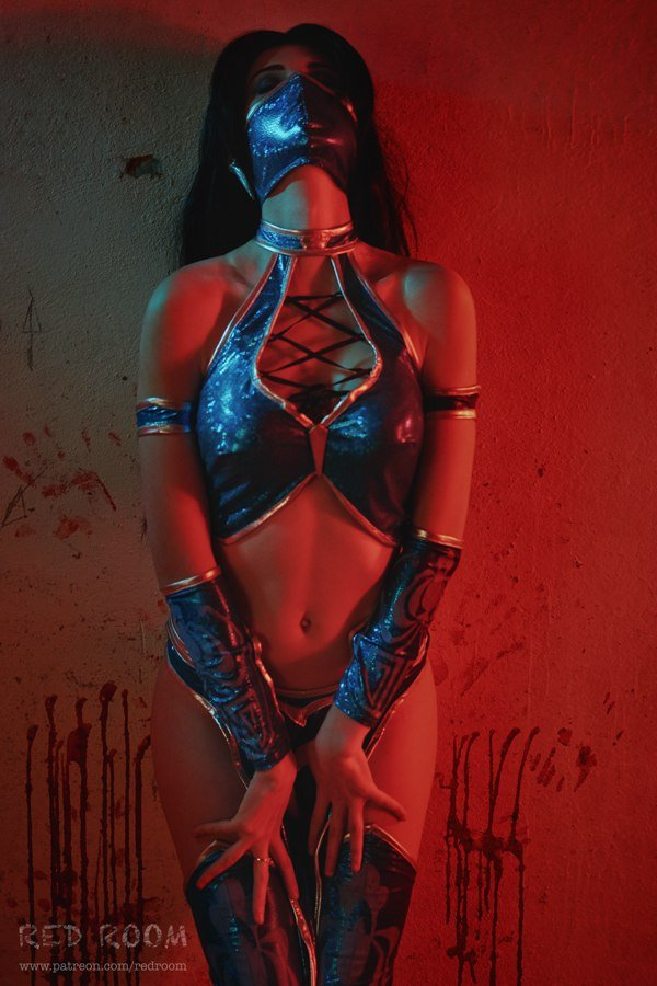 Косплей дня: Китана из Mortal Kombat - Изображение 2