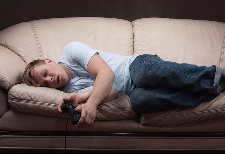 Заядлый любитель PlayStation доигрался до тромбоза глубоких вен  - Изображение 1