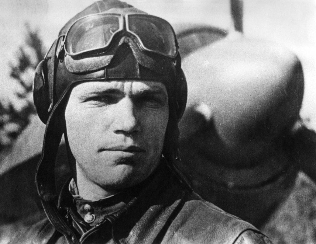 Летим, ковыляя во мгле: 5 великих советских летчиков. - Изображение 2
