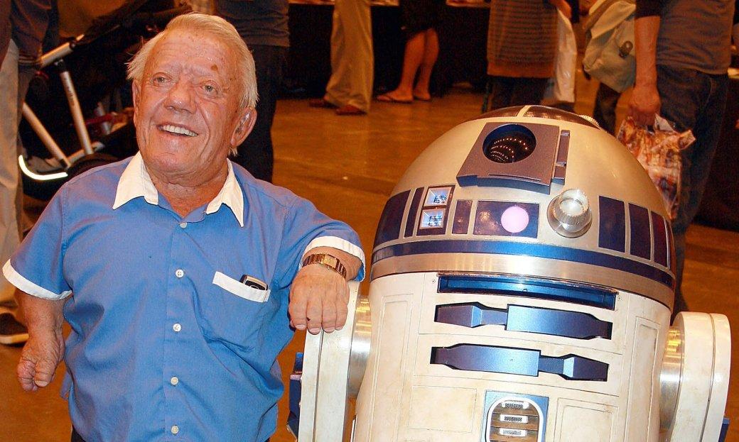 Умер исполнитель роли R2-D2 Кенни Бейкер - Изображение 1