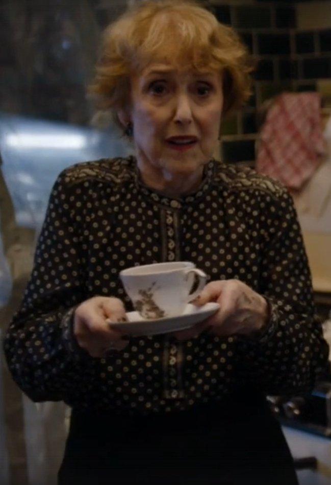 Почему миссис Хадсон— главный злодей «Шерлока». - Изображение 8