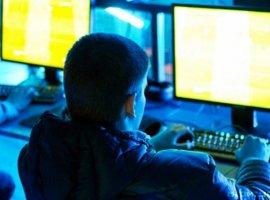 15-летний школьник бросил учебу ради карьеры в киберспорте. Про-игроки его отговорили