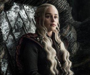 Эмилия Кларк попрощалась c«Игрой престолов» втрогательном послании для своих подписчиков