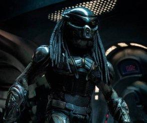 Устрашающий Хищник вброне нановых кадрах изфильма The Predator Шейна Блэка