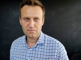 «ВКонтакте» взломали? Всотнях сообществ появилось сообщение осмерти Алексея Навального