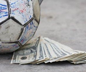 Сын потратил 7,6 тыс долларов на FIFA, папа отыгрался на Xbox