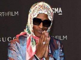 A$AP Rocky в клипе Babushka Boi с платком на голове превращает полицейских в фарш