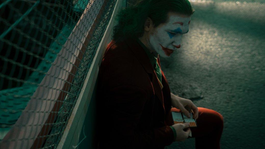 Безумный и грустный Джокер пляшет в новом косплее | Канобу - Изображение 8060
