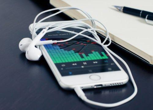 СМИ: «Сбербанк» создаст свой музыкальный сервис