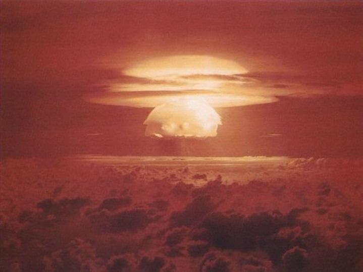 5 фотографий самых мощных ядерных взрывов наЗемле | Канобу - Изображение 0
