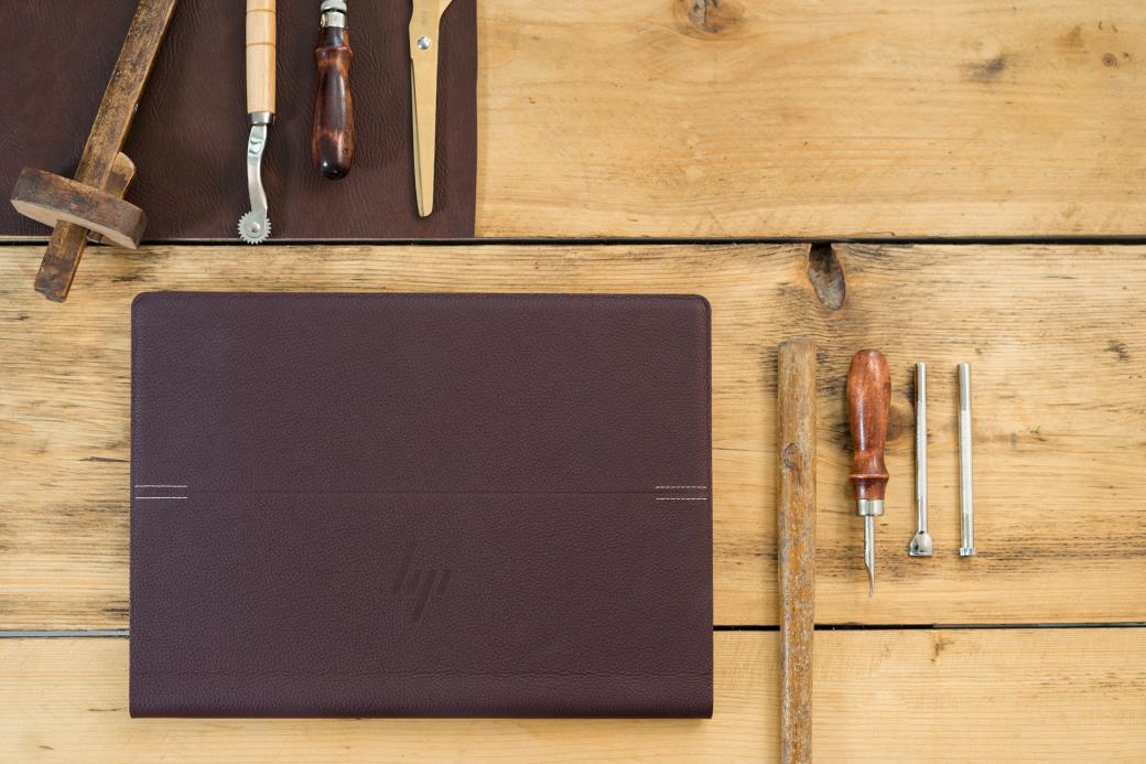 ВРоссии начались продажи кожаного ноутбука-трансформера HPSpectre Folio | Канобу - Изображение 2