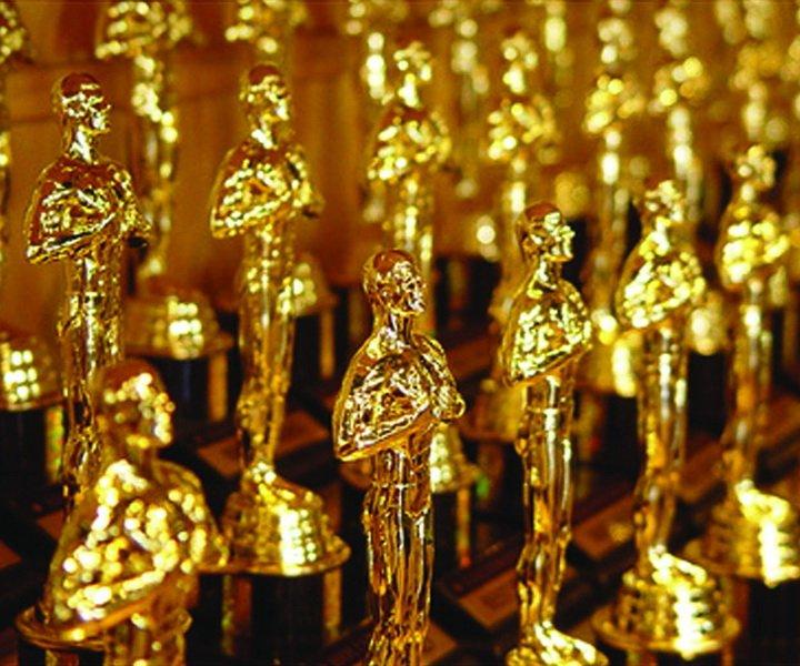 Если коротко: В этот уютную Оскаровскую ночь мне хотелось бы дать вам представление о фильмах, выделенных киноакадемией в этом году, рассказав понемногу о каждом. Естественно, вкусы академии далеко не всегда совпадают с моими, поэтому я решил разделить номинантов на группы: выделенные заслуженно, выделенные незаслуженно, выделенные недостаточно и не выделенные вообще. О каждой группе я собираюсь написать отдельную статью.