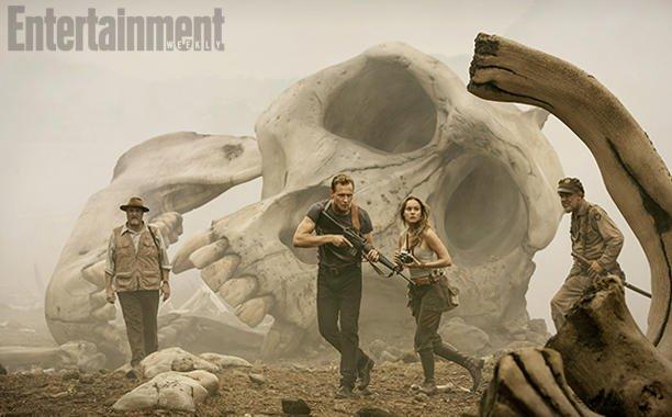 Том Хиддлстон охотится на Кинг Конга на первом кадре «Острова черепа» | Канобу - Изображение 8699