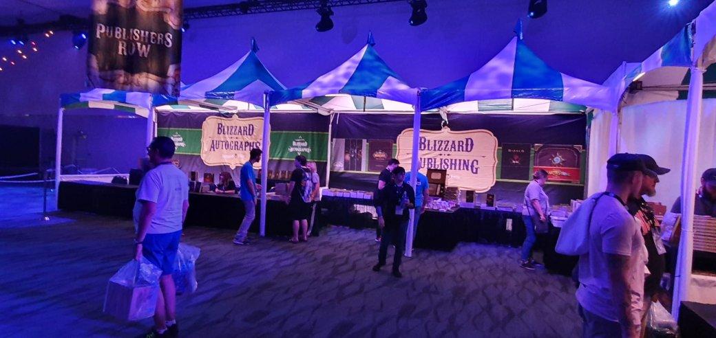 На BlizzCon в этом году развернулась настоящая Ярмарка Новолуния из World of Warcraft | Канобу - Изображение 2293