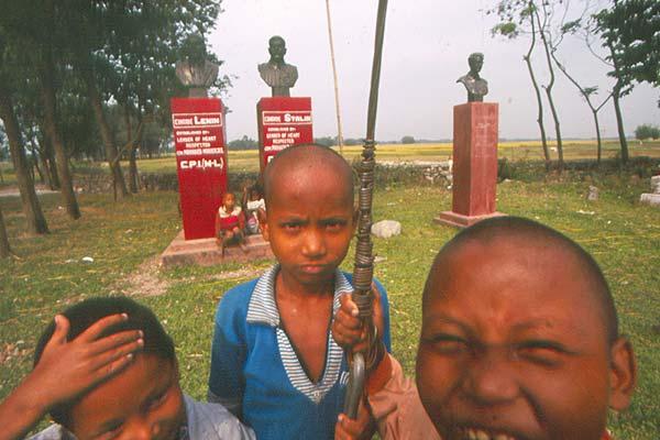 Где купить ребенка за мешок риса и 40$  | Канобу - Изображение 3