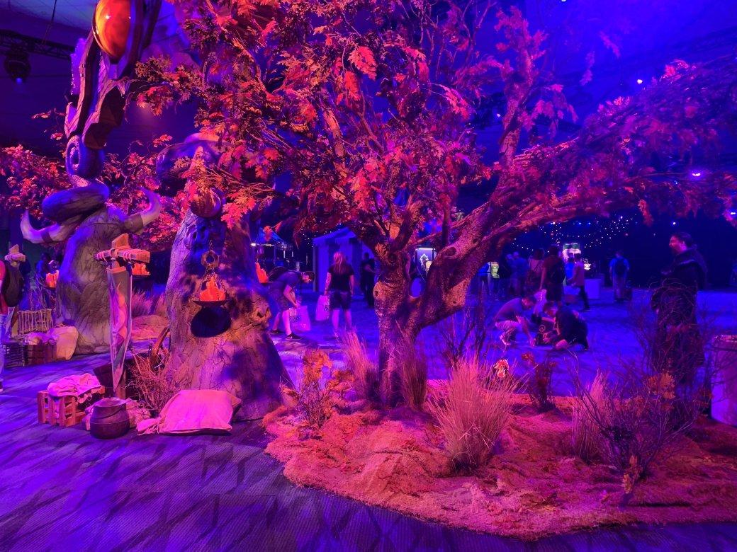 На BlizzCon в этом году развернулась настоящая Ярмарка Новолуния из World of Warcraft | Канобу - Изображение 12298