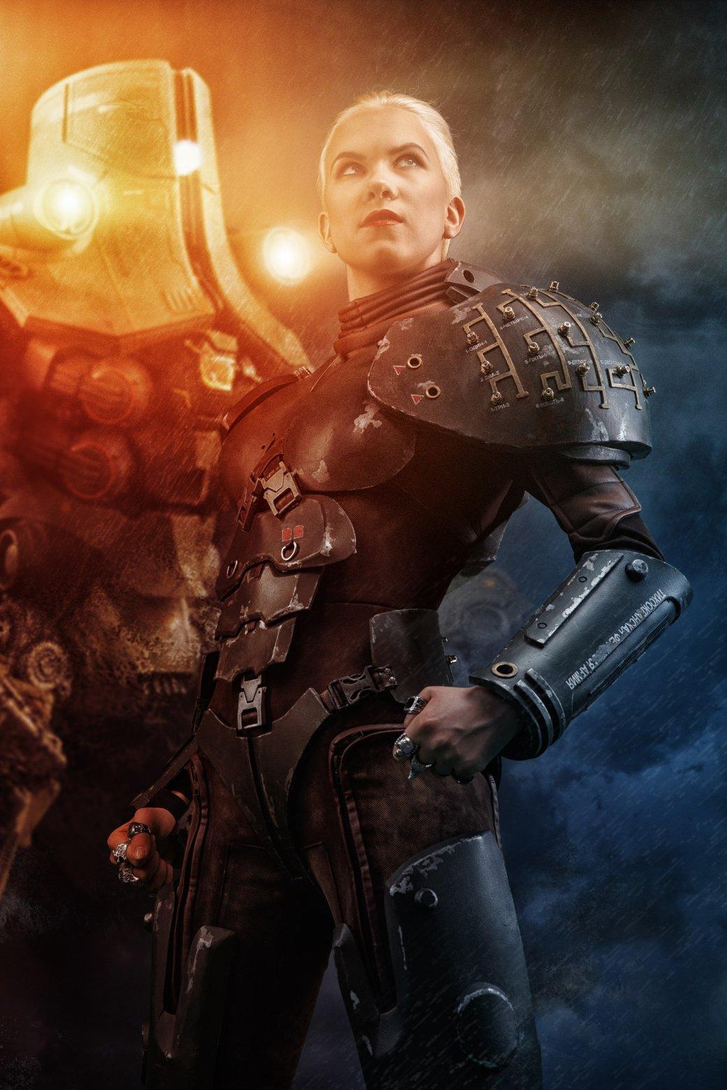 Саша Кайдановски, пилот егеря «Черный Альфа», впотрясающем косплее по«Тихоокеанскому рубежу» | Канобу - Изображение 6351
